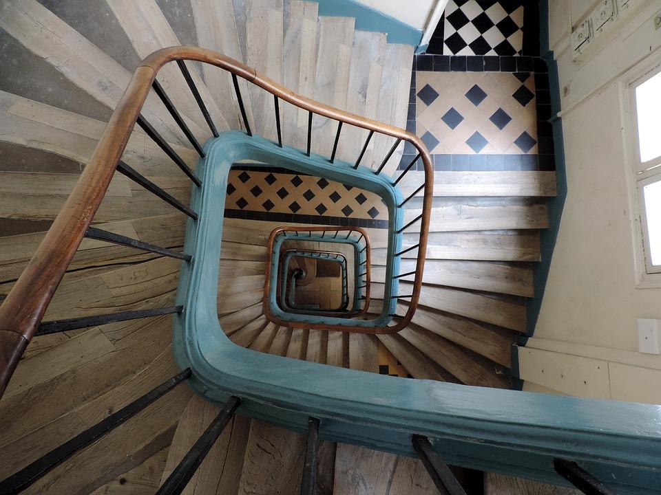 comment calculer le nombre de marches pour un escalier. Black Bedroom Furniture Sets. Home Design Ideas